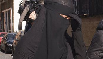 Women in Muslim veils