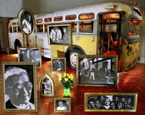 Rosa Parks' belongings, the value of which is estimated to be in the millions of dollars, are now on the auction block waiting to be passed on the highest bidder.